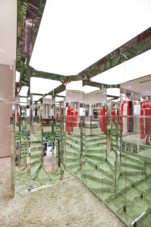 boutique azzaro studio parisien ouest home entreprise g n rale et architecture d int rieur. Black Bedroom Furniture Sets. Home Design Ideas