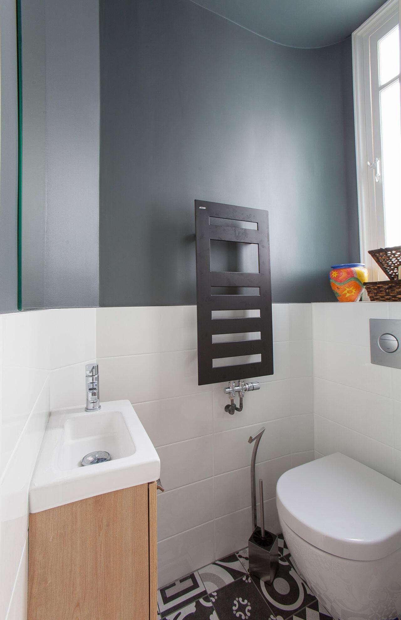 Toilette suspendue meuble sur mesure bois