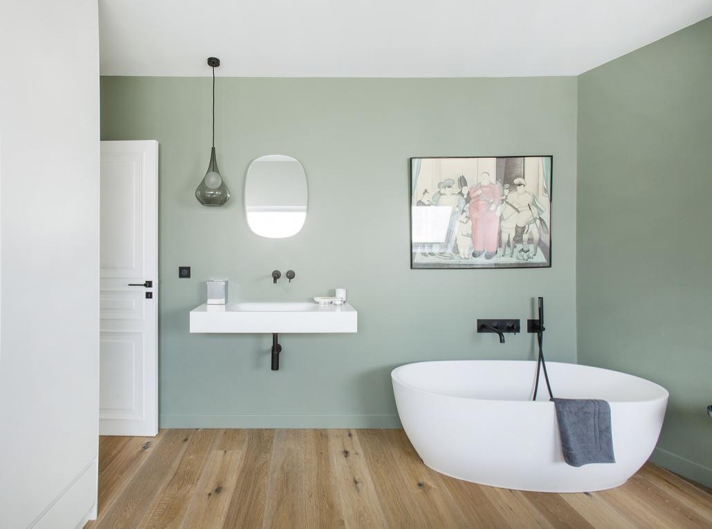 Salle de bain robinetterie encastrée