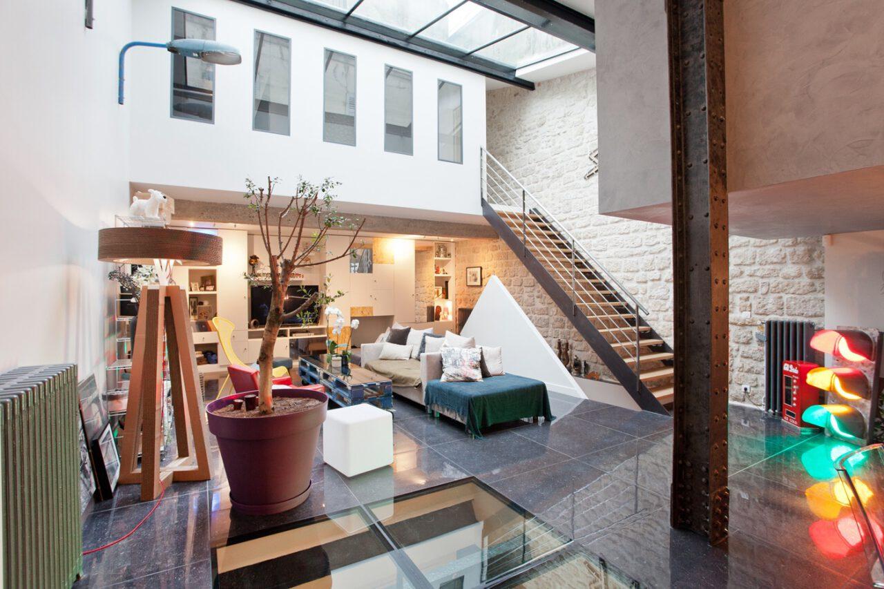 Poutre décorative verrière sur mesure escalier bois métal