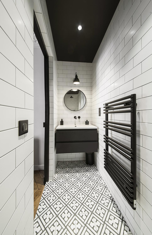 Salle de bain sur mesure carreau de ciment metro