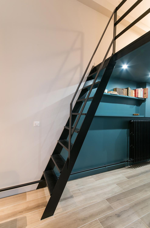 Escalier sur mesure garde corps metal