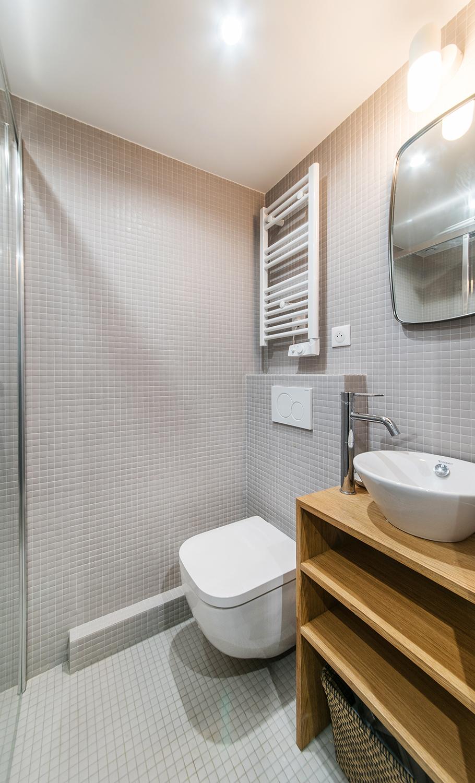 Salle de bain toilette suspendu