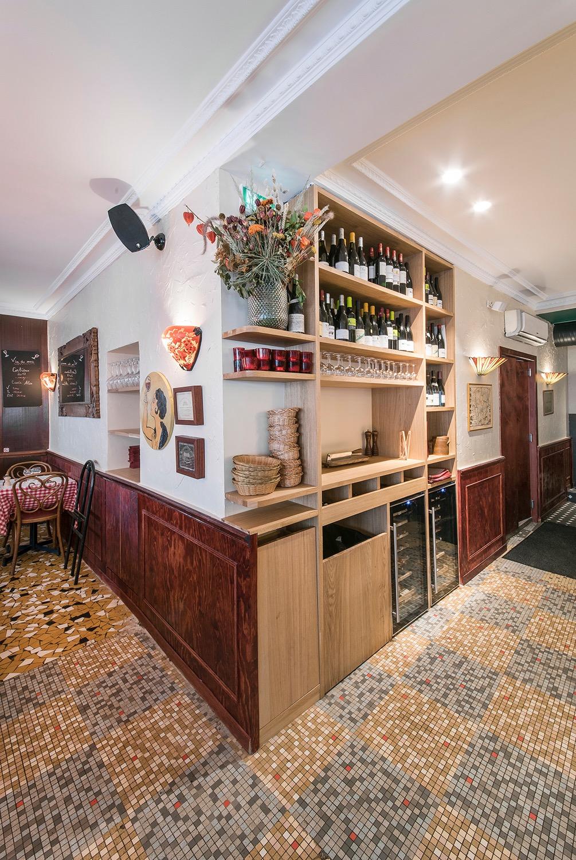 carrelage mosaique bar a vin