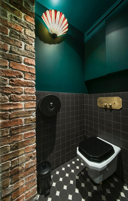 toilette retro noir blanc commande or
